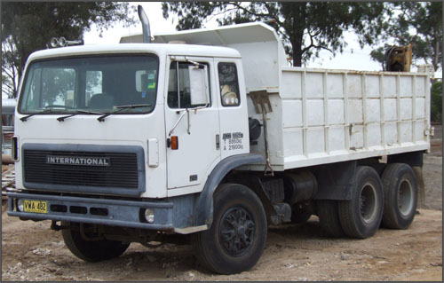 12 Tonne International Bogey Tipper